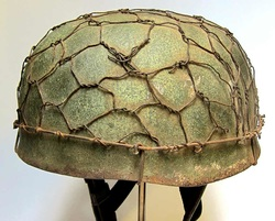 M38 Paratrooper Helmet - Chicken Wire Camo