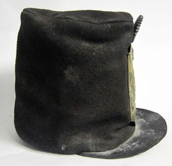 Stovepipe Helmet 1815 Right