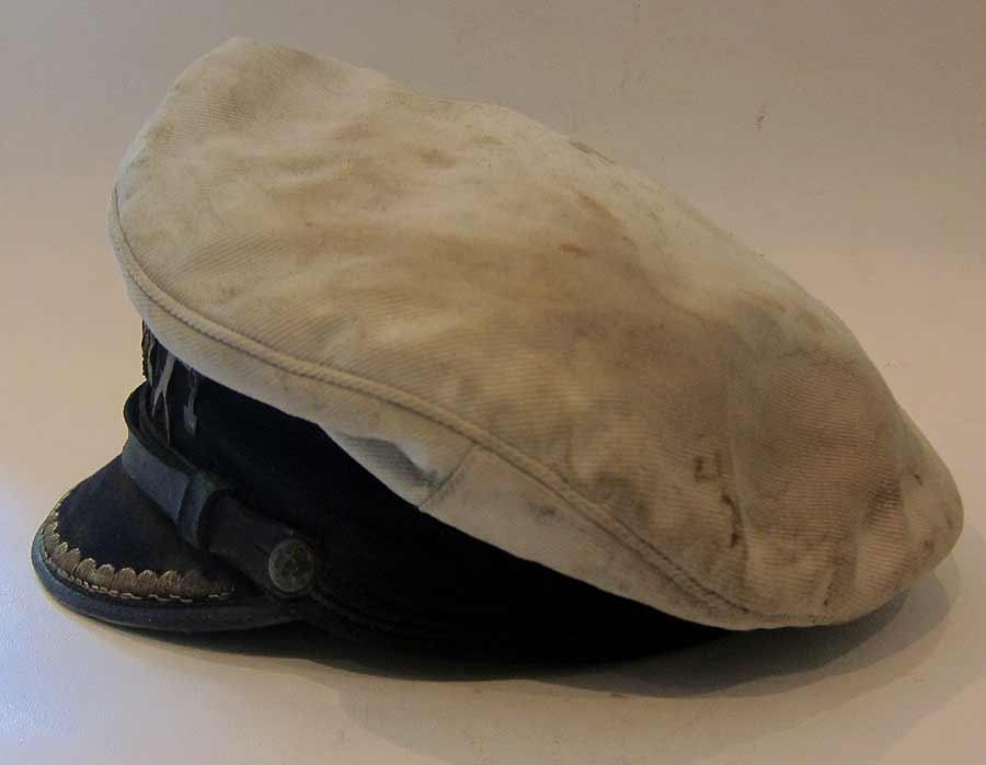 U-Boat Hat U-506 left