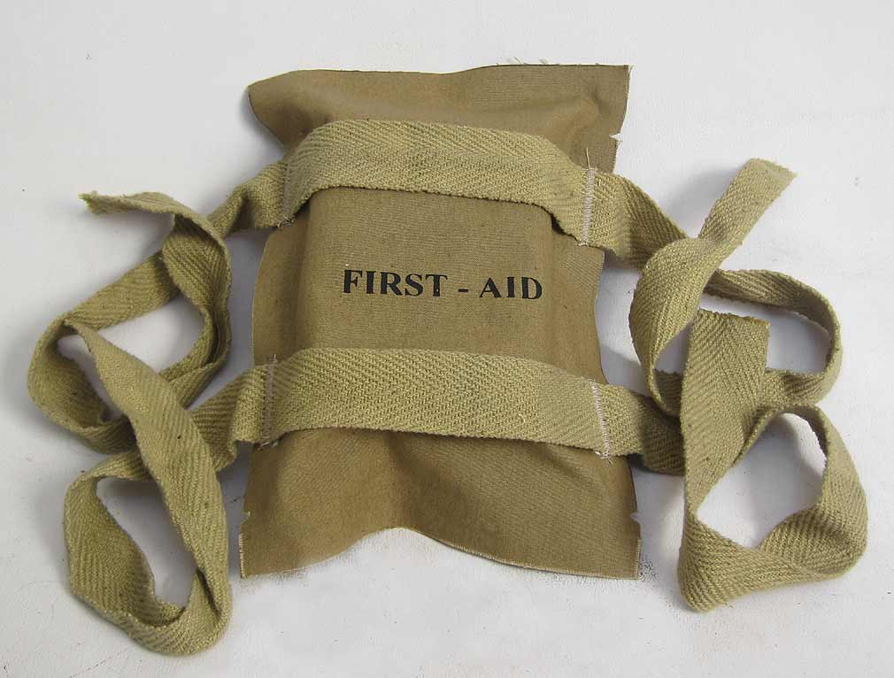 First-Aid Packet or Pouch Second Pattern Airborne WW2