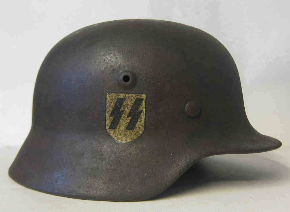WW2 German Waffen SS M40 Single Decal Helmet - Refurbishment